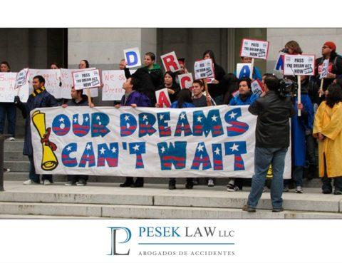 Abogado de Casos de Inmigración ¿Qué es DACA ? | Pesek Law