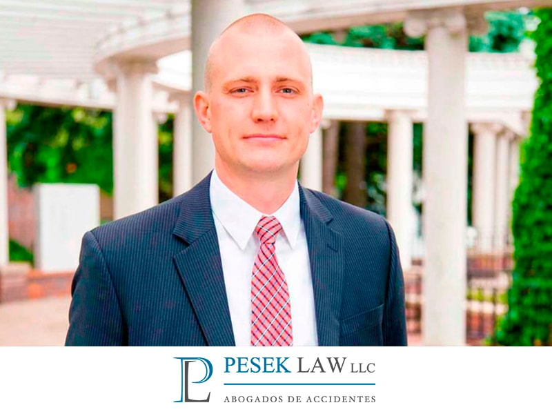Ross Pesek participa en demostración en apoyo a Dreamers | Pesek Law