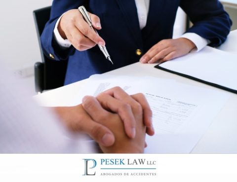 Abogado de Accidentes de Auto, beneficios contratarlo | Pesek Law