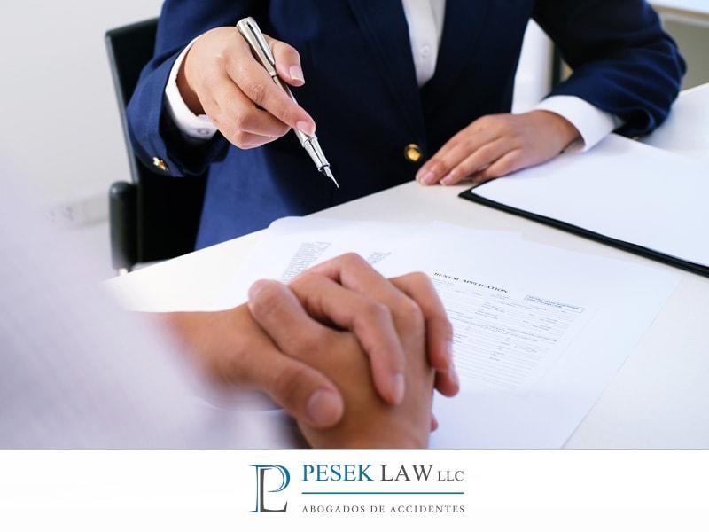 Abogado de Accidentes de Auto, beneficios contratarlo | Pesek Law