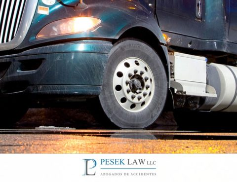 Abogados de Accidente de Camión, causas más comunes | Pesek Law