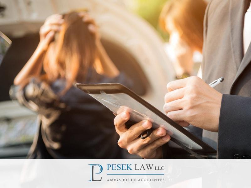 Abogado de Accidentes recomienda no firmar sin asesoría | Pesek Law