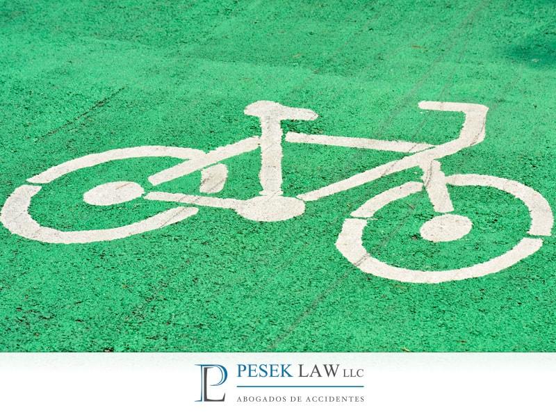¿Cómo reconocer un paso para motocicleta y para bicicleta?