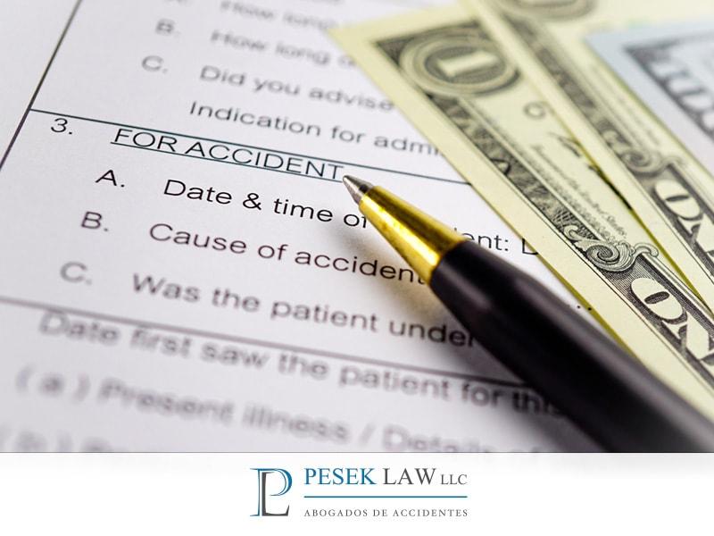 ¿Existe alguna póliza de seguro que cubra todos mis gastos?