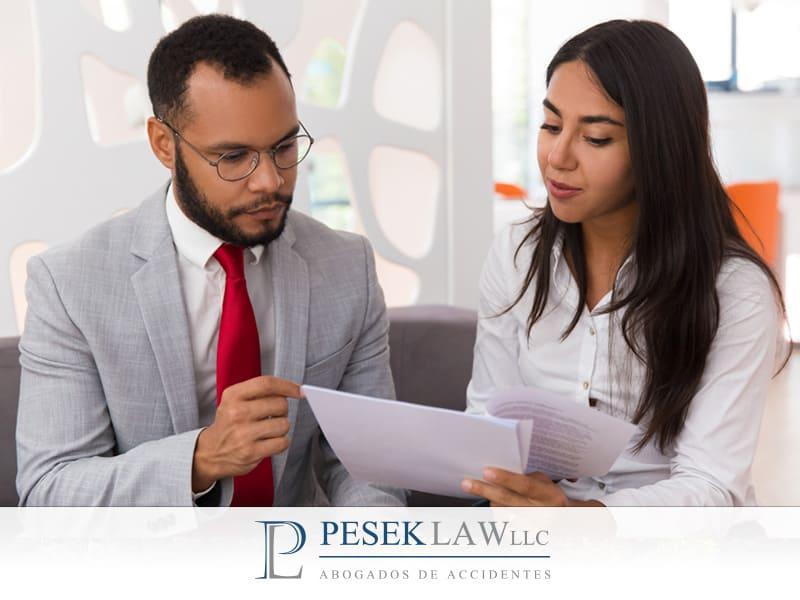 ¿Por qué es importante mantener una buena comunicación con Pesek Law?